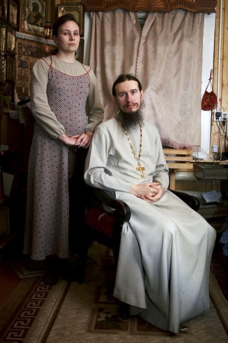 Провинциальный священник о. Виталий с супругой Ольгой