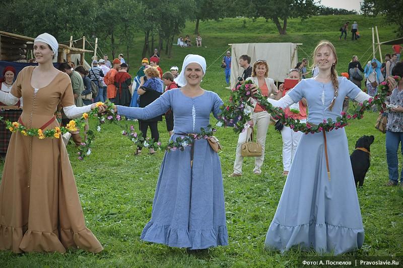 Средневековый танец
