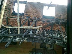 У многодетного священника сгорел дом. Нужна помощь