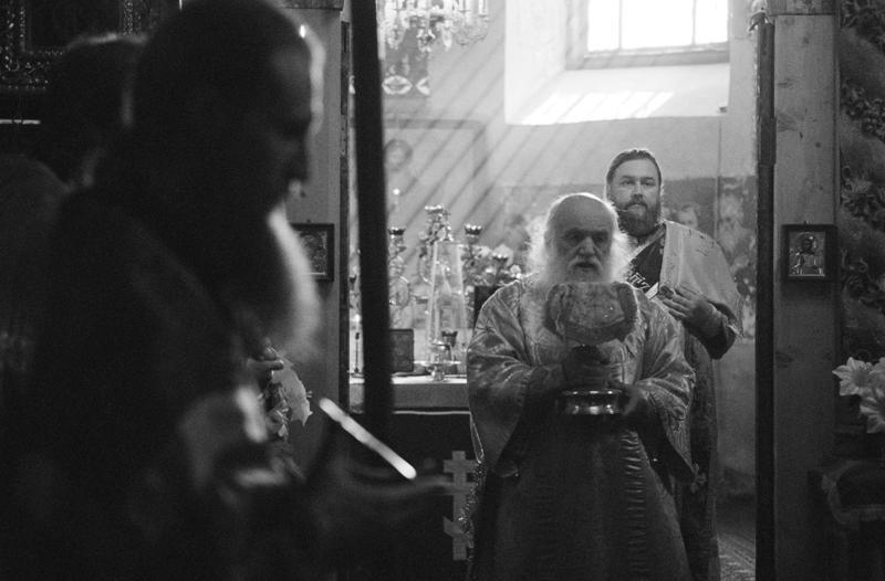 Θεία Λειτουργία πρίν από την έναρξη της λιτανείας