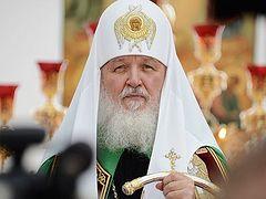Патриарх Кирилл: Решить проблему непонимания церковнославянского языка без литургической реформы