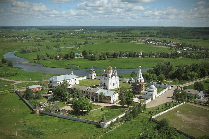 Ιερά Μονή Αγίου Θεράποντα Λουζέτσκιϊ