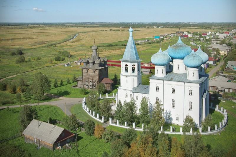 Ιερός Ναός Υπαπαντής του Κυρίου στο χωριό Ζαοστρόβιε