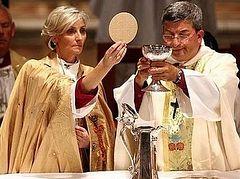 Женщинам-епископам в Англиканской церкви дали