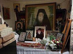 В Священном Исихастирии святого старца Порфирия Кавсокаливита совершена торжественная Литургия