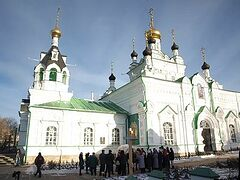 В Орле открыта мемориальная доска в честь государя Николая II и императрицы Александры