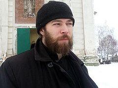 Village priest detains armed criminals in church