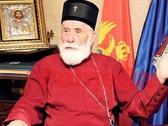 Fraudulent clergy encroaching on property of Serbian Church in Montenegro
