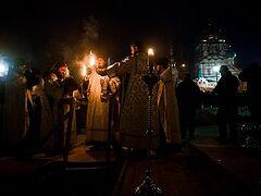 Свыше 165 тысяч человек пришли в московские храмы на Крещение