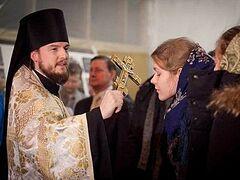 В Москве прошел молебен для волонтеров, уезжающих на Олимпиаду в Сочи