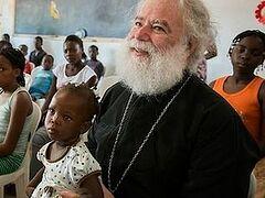 Александрийский Патриарх посетил приют для детей-носителей СПИДа в Африке