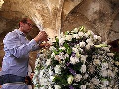 Orthodox worshippers flock to Famagusta
