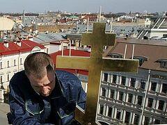 На купол церкви в Главном штабе Эрмитажа возвращен крест