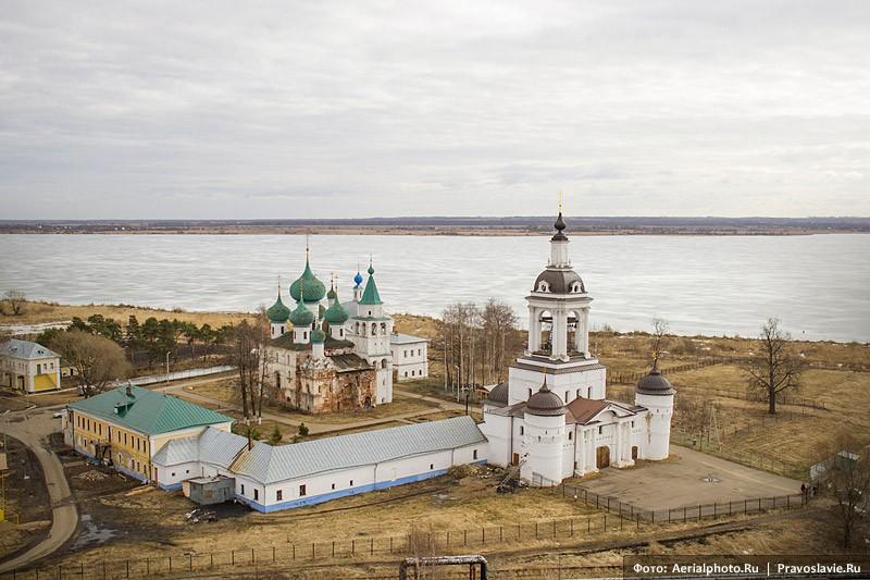 Аврамиев Богоявленский монастырь