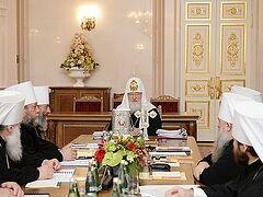 В Петербурге проходит очередное заседание Священного Синода