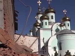 Ukrainian soldiers shell another church in Sloviansk