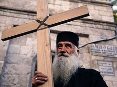 Going beyond recruiting Palestinian Christians to the military