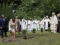 President joins Orthodox at Holy Mount of Grabarka