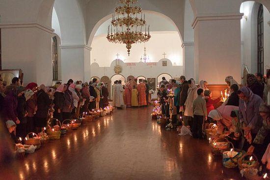 Храм в честь явления Светописанного образа Пресвятой Богородицы (Киев). Пасха 2014.