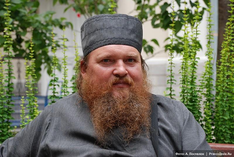 Монах Анатолий