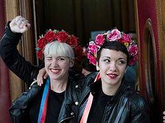 Во Франции суд снял обвинения с Femen, но наказал задержавших их охранников собора