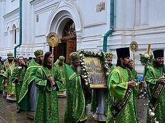 Святогорский монастырь отметил 10-летний юбилей присвоения статуса Лавры