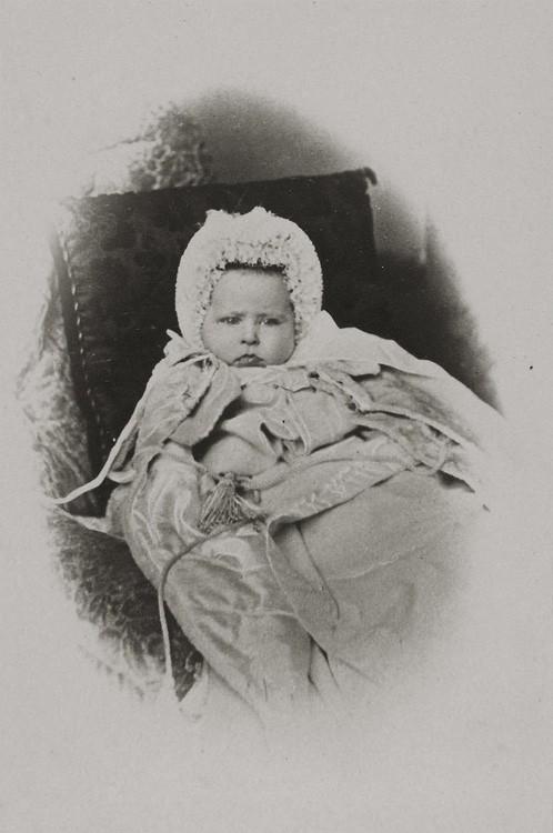 1865 г. Юная принцесса Елизавета Гессенская