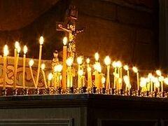В архангельских храмах помянут жертв дорожных аварий