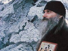 Главное – жить духовной жизнью. Об иером. Серафиме (Роузе)
