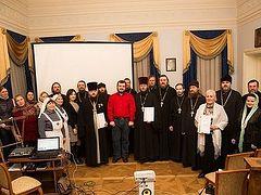 В Церкви намерены развивать высокопороговые центры для бездомных