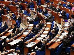 ПАСЕ официально признала дискриминацию христиан в Европе