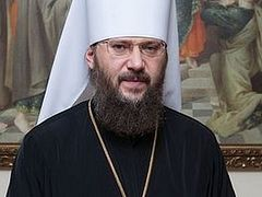 Metropolitan tells Poroshenko that Orthodox churches are being seized illegally