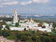 Украинцы больше всего доверяют Церкви, - опрос