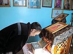 Заключенные пензенских колоний смогли поклониться святым мощам, привезенным с Горы Афон