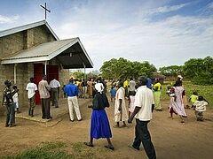12 христианок предстали перед судом в Хартум