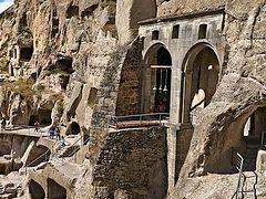 Землетрясение произошло недалеко от пещерного монастыря в Грузии