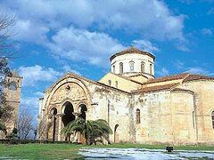 Православный храм в Трапезунде ускоренными темпами превращают в мечеть