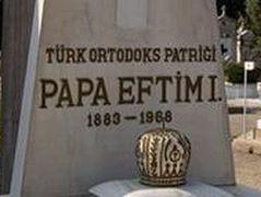 Greeks in Istanbul want graves of three 'patriarchs' out of Orthodox cemetery
