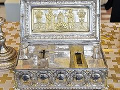 Relics from Simonopetra Monastery are visiting Romania