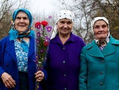 'Babushkas of Chernobyl' Finds Life Thriving in Scarred Land