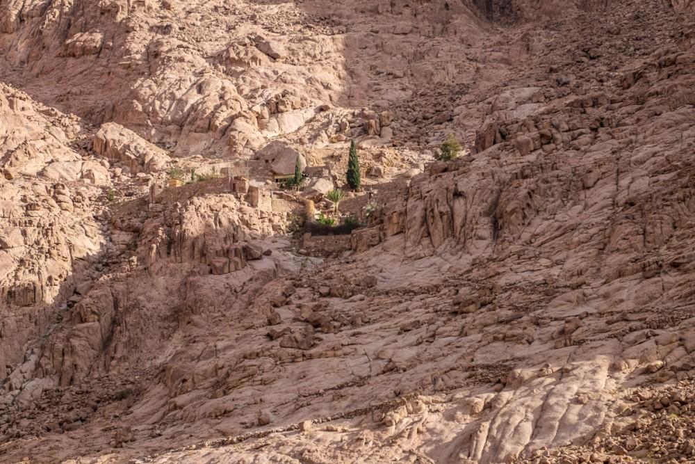 Скит, где находится источник воды