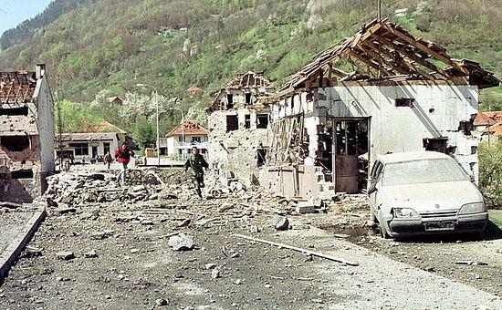 Черногория. Мурино после налета НАТО, 1999 г.