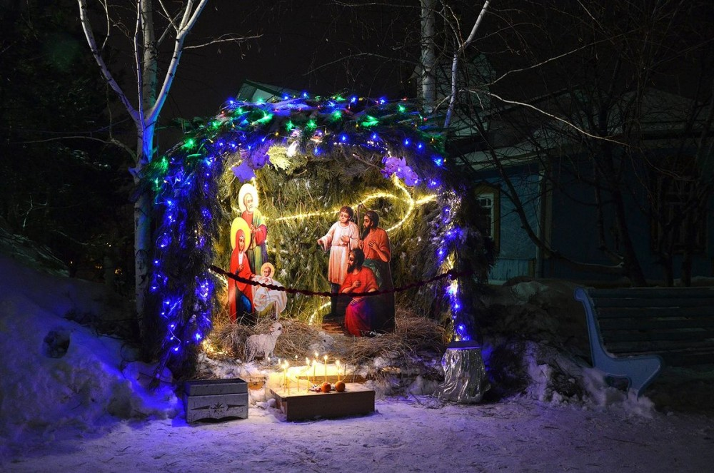 Manger scenes form an unforgettable atmosphere during the Christmas days.