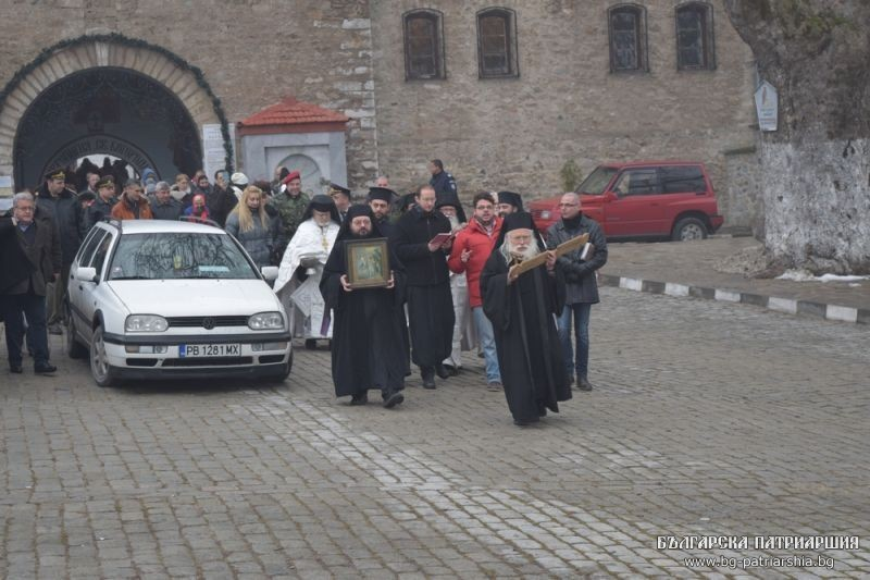 The Blessing of the Waters in Bulgaria: the procession is leaving Backovo Monastery.