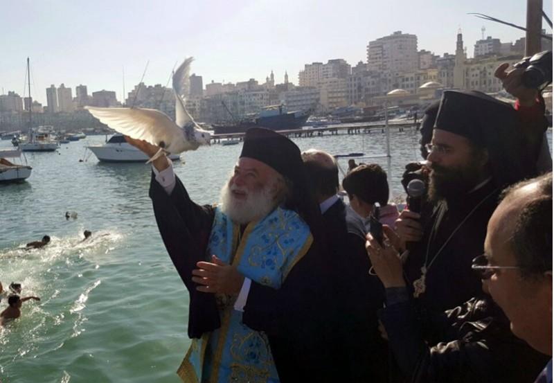 Освящение вод и крещенские купания в Александрии