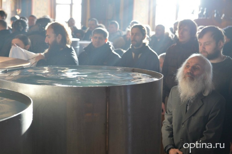 Optina Monastery. God's people.