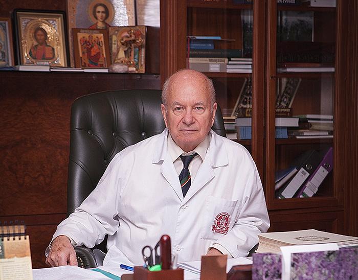 Академик Александр Федорович Черноусов