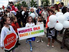 Polish Catholic Church calls for total abortion ban
