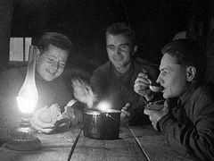 Что ели во время войны, <br/>или Унывающим во дни Великого поста
