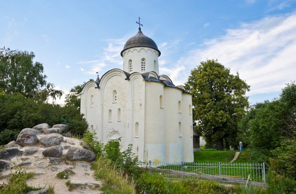 Church of Great Martyr George (1163–1166), Old Ladoga, Russia